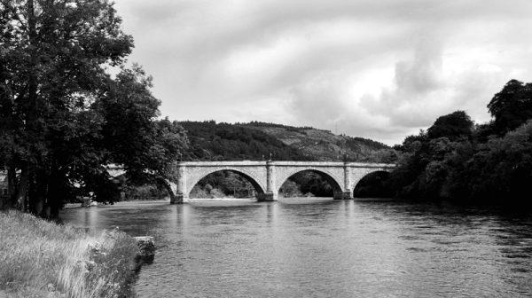Scots bridge in the highland - Brigde - sort/hvid-billeder4you