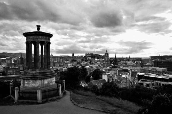 Carlton hill-Edinburgh-sort/hvid-billeder4you